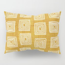 Labyrinth in Gold Pillow Sham