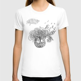 PEACOCKS CAN FLY T-shirt