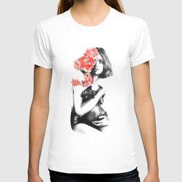 Natalia Vodianova // Fashion Illustration T-shirt