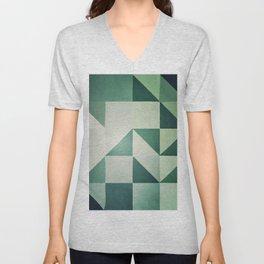 :: geometric maze x :: Unisex V-Neck