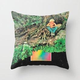 El árbol sobre el arcoíris  Throw Pillow