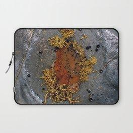 Sea Breeze . Rock pool Laptop Sleeve