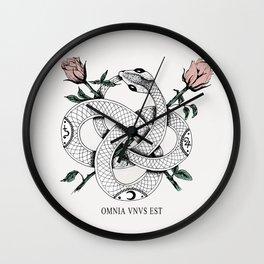 Omnia vnvs est Wall Clock