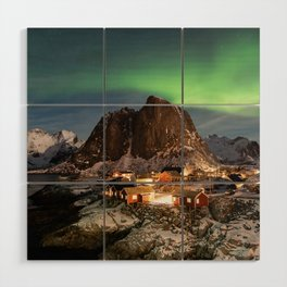 Northern Lights Over Hamnøy Wood Wall Art