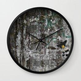 To bee Wall Clock