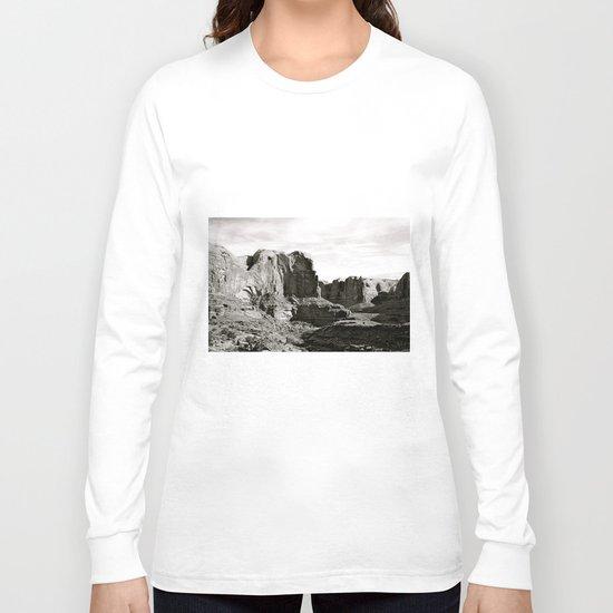 Amasa Back b/w Long Sleeve T-shirt