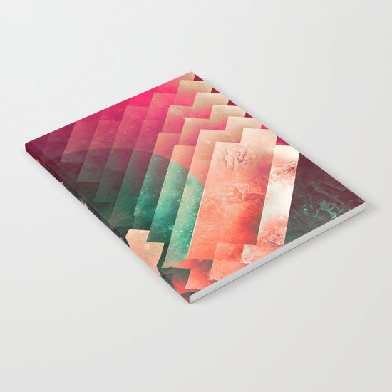cylyr fyylds Notebook