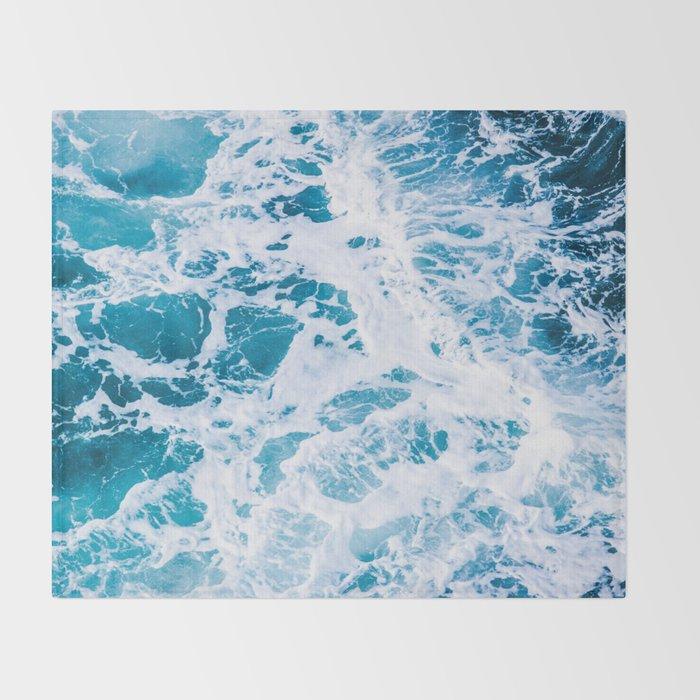 Perfect Ocean Sea Waves Throw Blanket