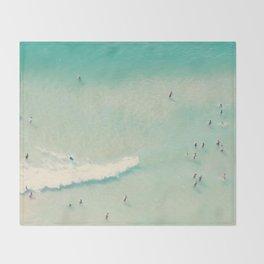 beach summer waves Throw Blanket