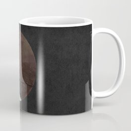 The crow and its moon. Coffee Mug