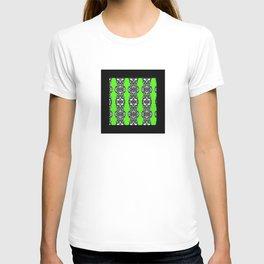 black and green T-shirt