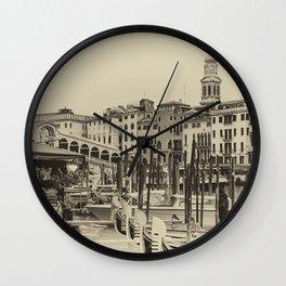 Rialto, Venezia (Monochrome) Wall Clock