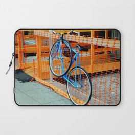'Bout Fencing Laptop Sleeve