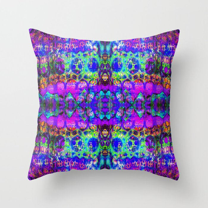 blacklight madness Throw Pillow
