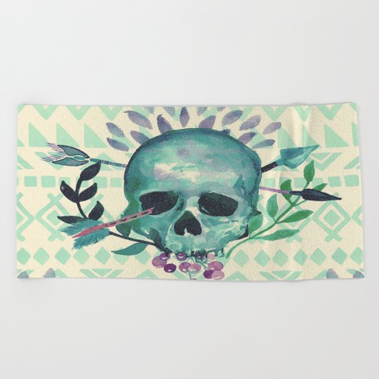 tribal skull Beach Towel