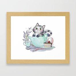 Teapot cat Framed Art Print