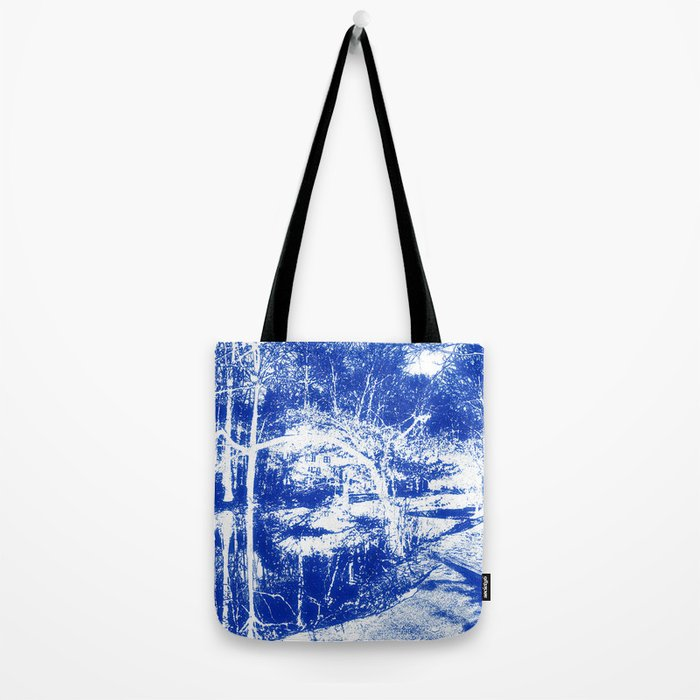 Looking in the water mirror-blue Tote Bag