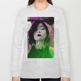 She's in fashion Long Sleeve T-shirt