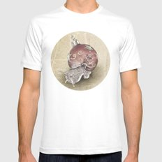 In which a snail is most festive this christmas  White MEDIUM Mens Fitted Tee