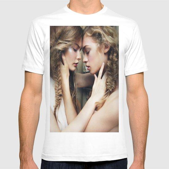 Roxy & Claire T-shirt