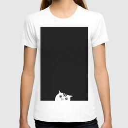 Black Cat Peeping T-shirt