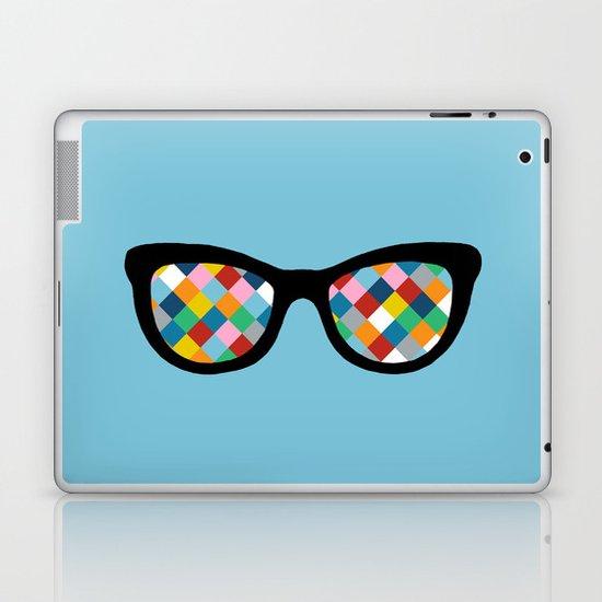 Diamond Eyes on Blue Laptop & iPad Skin