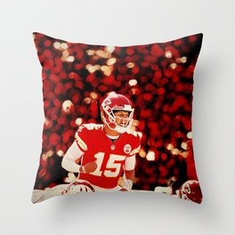 Chiefs Mahomes before the snap Throw Pillow