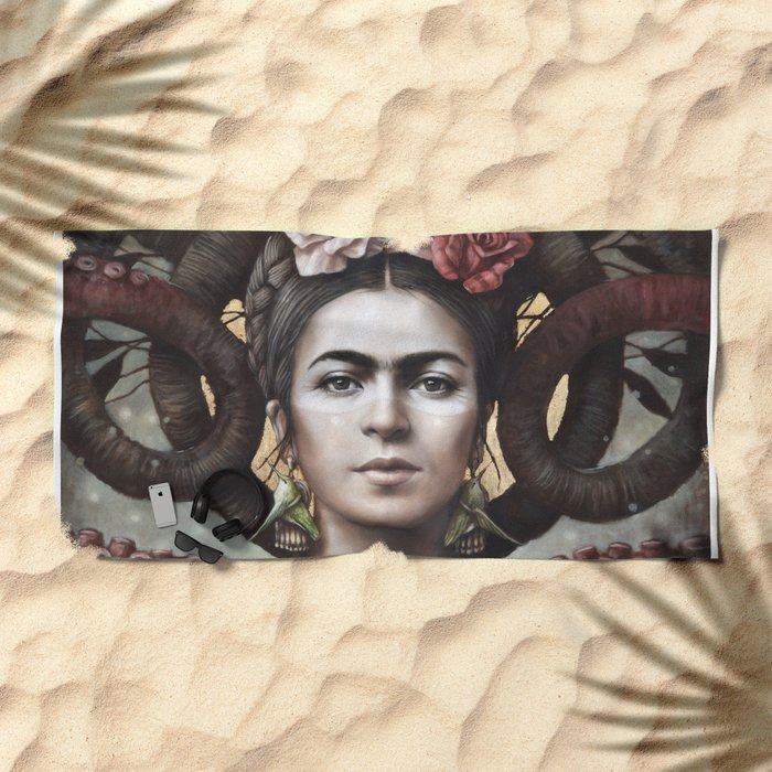 Hommage a Frida 5 Beach Towel