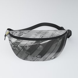 clarinet and piano - black and white Fanny Pack