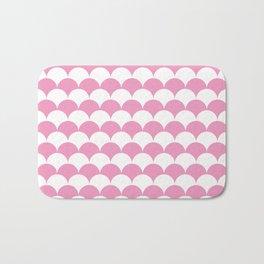 Light Pink Clamshell Pattern Bath Mat