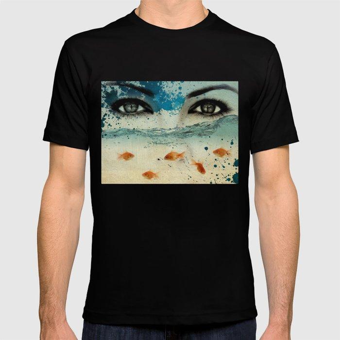 tear in the ocean T-shirt
