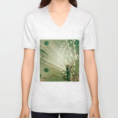 the light pours out of me Unisex V-Neck