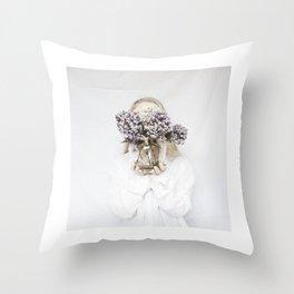 dead flowers gift Throw Pillow