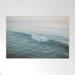 lets surf v Welcome Mat