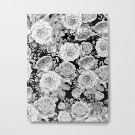 ROSES ON DARK BACKGROUND Metal Print