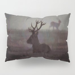 Silhouette Of A Highland Stag Pillow Sham