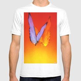 La rencontre des papillons de nuit T-shirt