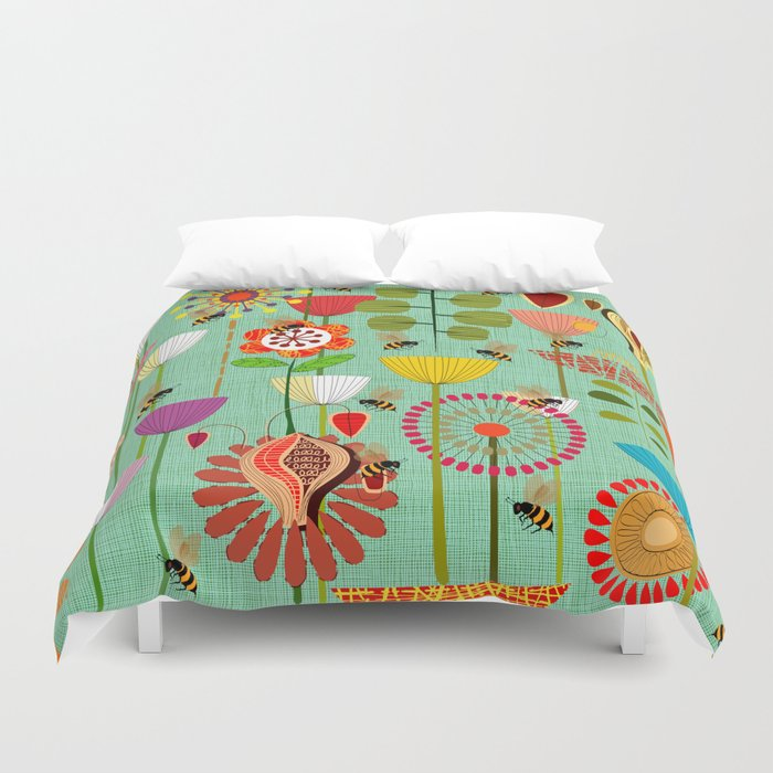 WHERE THE BEES FLY Duvet Cover