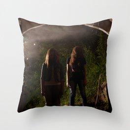 zombi Throw Pillow