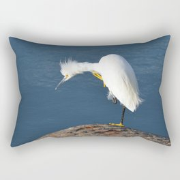 grooming egret Rectangular Pillow