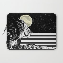Lion in Space Laptop Sleeve