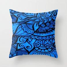 Tangle on blue Throw Pillow