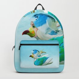 Does the end of the Parrot Backpack