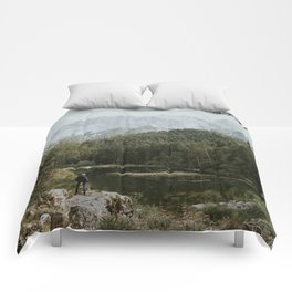 Mountain lake vibes II - Landscape Photography Comforters