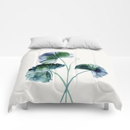 Water lily leaves Comforters