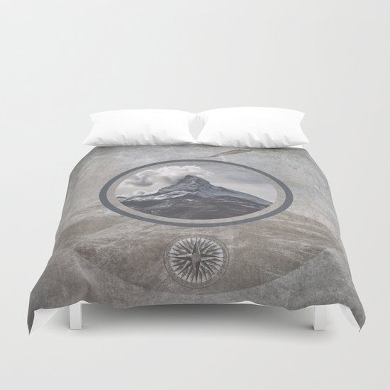 Where eagles fly Duvet Cover
