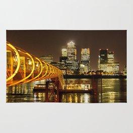London, Piers of Docklands Hilton Rug