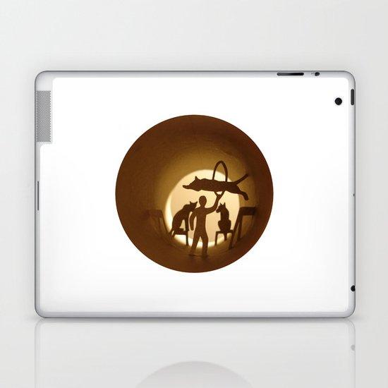 Circus. Lion tamer (Cirque. Dompteur) Laptop & iPad Skin