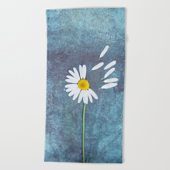 Daisy III Beach Towel