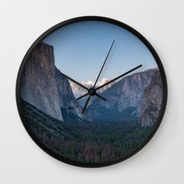 A Look At the Valley From Tunnel View in Yosemite Wall Clock